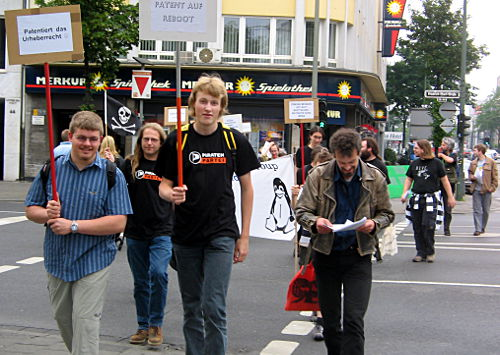 © www.linux-praktiker.de: Demonstration gegen Software-Patente
